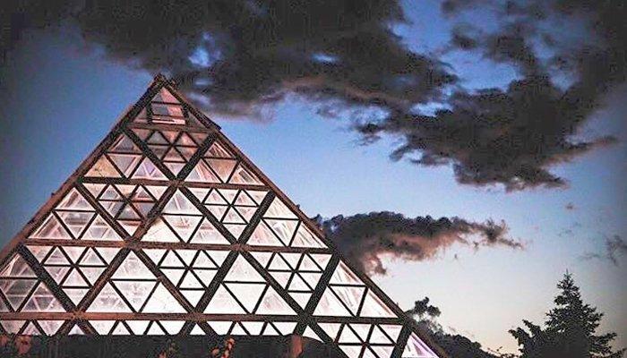 Discoteche Riccione: Piramide del Cocoricò